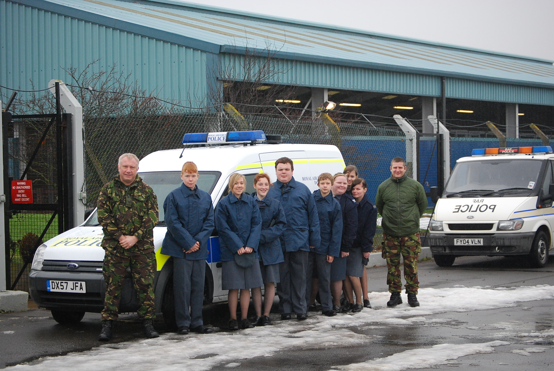 raf-police-dog-section-visit-raf-waddington-dec-2010-v2